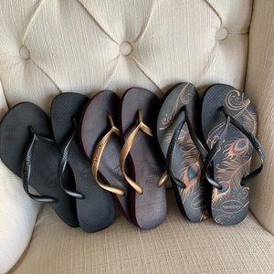 3 pairs of Havaianas flip flops